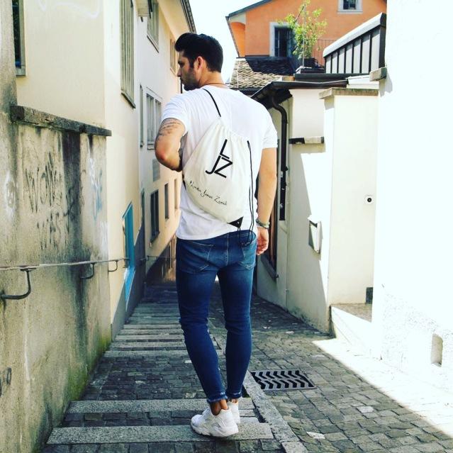 LondonJamesZurich_Bag